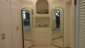 Arched Mirrored Doors