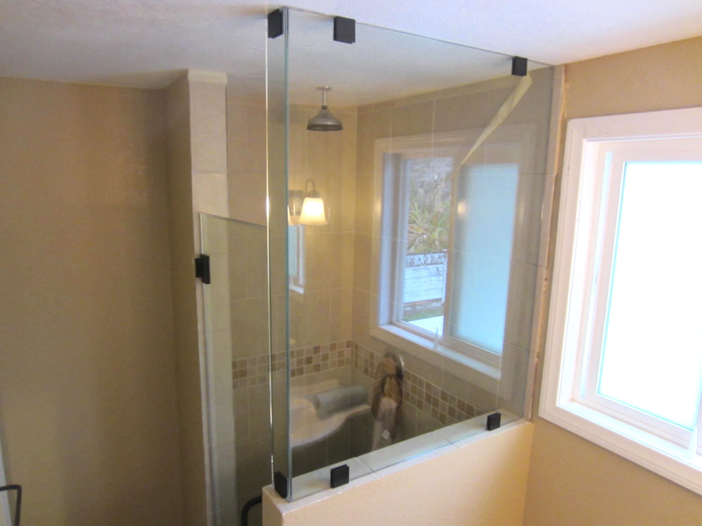 Frameless Glass Shower With Bronze Hardware Patriot Glass And Mirror San