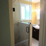 Frameless Shower - Oil Rubbed Bronze Hardware
