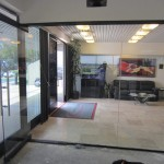 1/2 Inch Glass Wall Installation