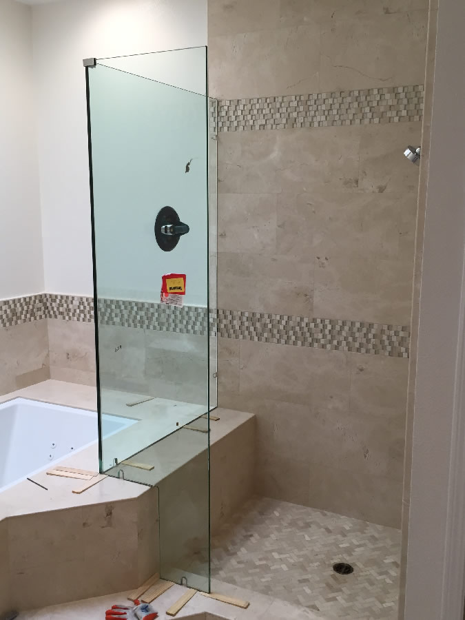 Corner Shower With Tub Cutout - Patriot Glass and Mirror | San Diego CA