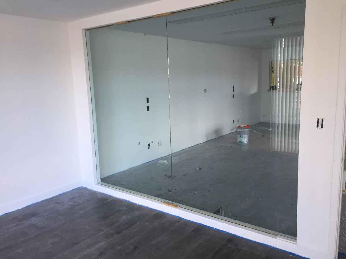 Tempered Glass Office Partition