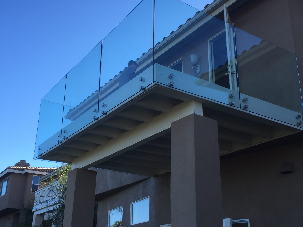 Tempered Glass Railing On Stainless Steel Standoffs