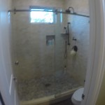 CR Laurence Sliding Shower Door
