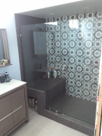 CA Glass Enclosure With Shower Bench