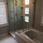Tub And Shower Glass Enclosure