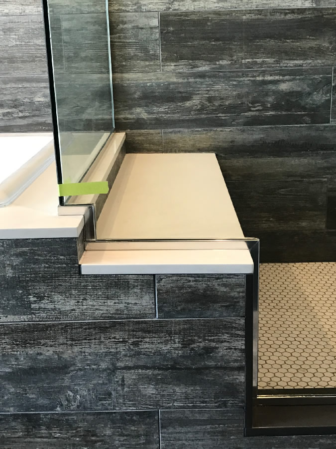Double Notch Glass Around Shower Bench
