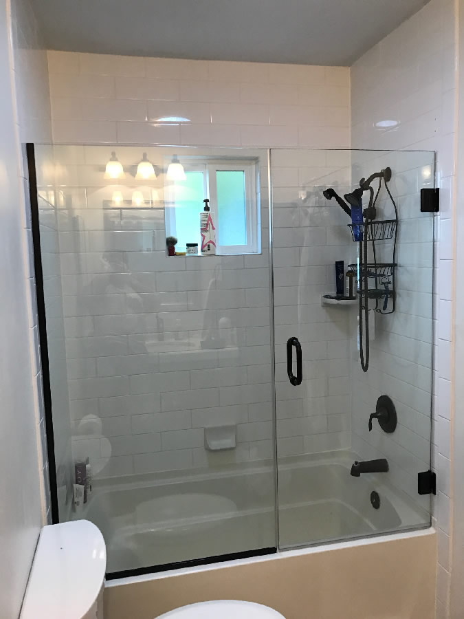 Over Tub Shower Door - Patriot Glass and Mirror | San Diego CA