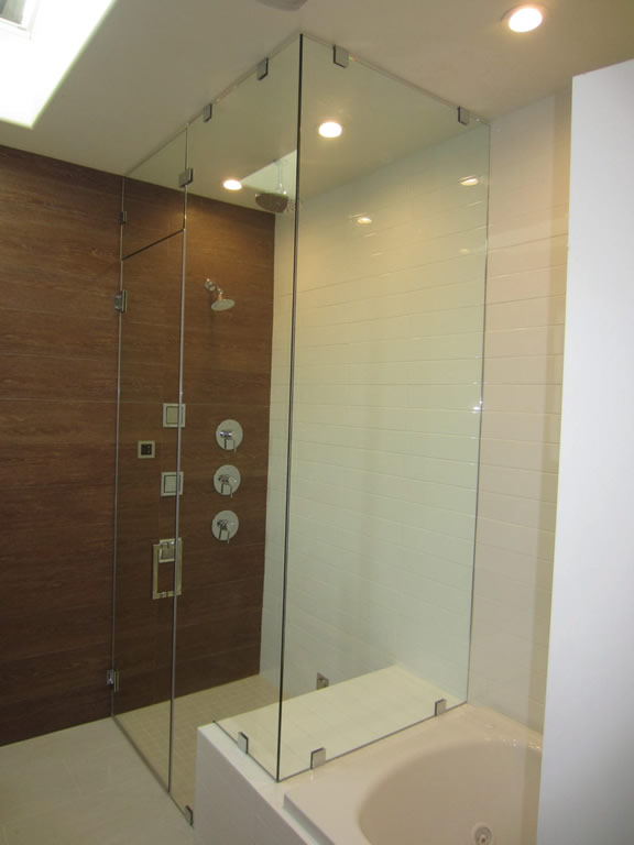 Glass Steam Shower With Vent - Patriot Glass and Mirror | San Diego CA